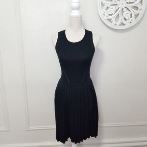 Trina turk size S pleated knit dress